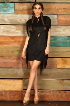 Черное платье с бахромой в стиле бохо Mondigo
